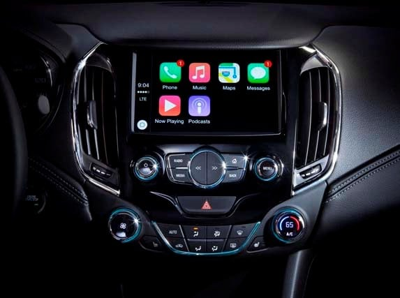 chevrolet to offer android auto and apple car play on 14 models kelley blue book. Black Bedroom Furniture Sets. Home Design Ideas