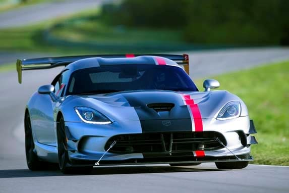 Dodge Viper 2017 Blue >> 2016 Dodge Viper ACR unveiled - Kelley Blue Book