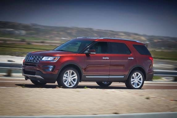2016 ford explorer sport and limited first review kelley blue book. Black Bedroom Furniture Sets. Home Design Ideas