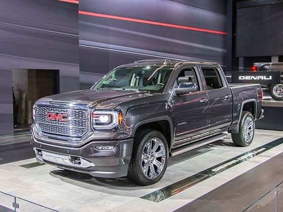 2016 gmc sierra 1500 denali ultimate elegance defined   kelley blue book