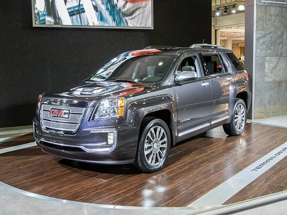 2016 gmc terrain terrain denali refreshed add new features kelley blue book. Black Bedroom Furniture Sets. Home Design Ideas