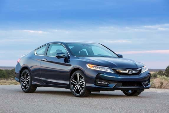2016 honda accord first review bolder better kelley blue book. Black Bedroom Furniture Sets. Home Design Ideas