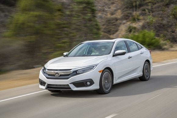 First Review 2016 Honda Civic Pulls Away From The Pack Kelley Blue Book