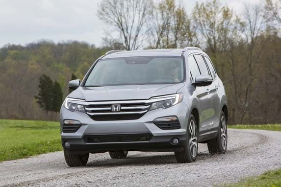 2016 honda pilot first review kelley blue book. Black Bedroom Furniture Sets. Home Design Ideas
