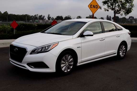 2016 hyundai sonata hybrid se quick take kelley blue book. Black Bedroom Furniture Sets. Home Design Ideas