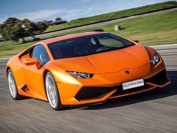 2016 Lamborghini Huracan Lp 610 4 Adds Features Holds Pricing