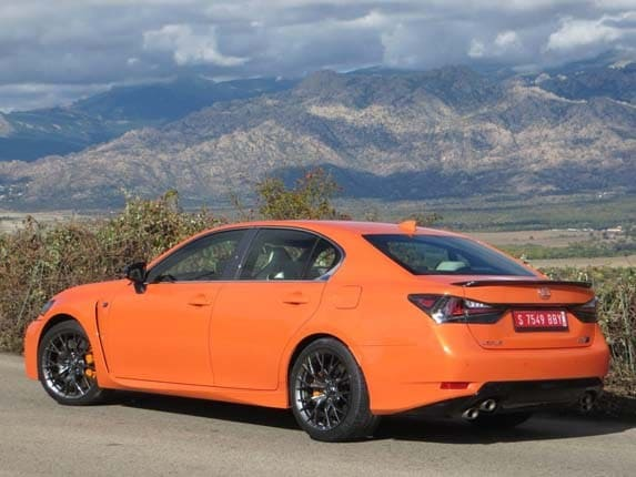 2016 Lexus GS F First Review: Fun in the fast lane | Kelley Blue Book