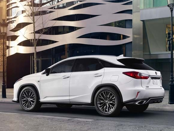 2016 Lexus RX sets sights on tomorrow - Kelley Blue Book