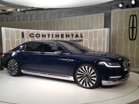 lincoln continental concept shines in new york kelley. Black Bedroom Furniture Sets. Home Design Ideas