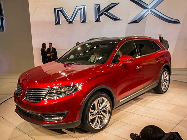 2016 Lincoln MKX crossover has global aspirations - Kelley Blue Book