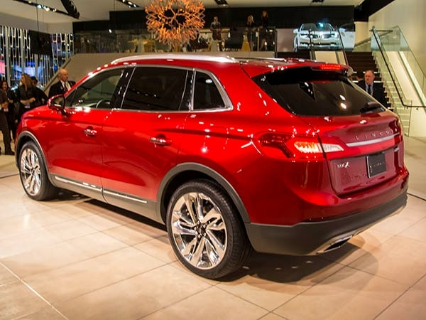 2016 lincoln mkx crossover has global aspirations   kelley blue book