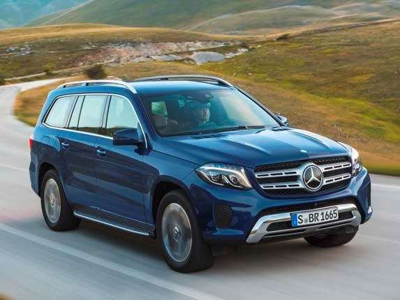 The Wraps Have Come Off Of Remade 2017 Mercedes Benz Gls Cl Which Replaces Previous Gl In Company S New Nomenclature