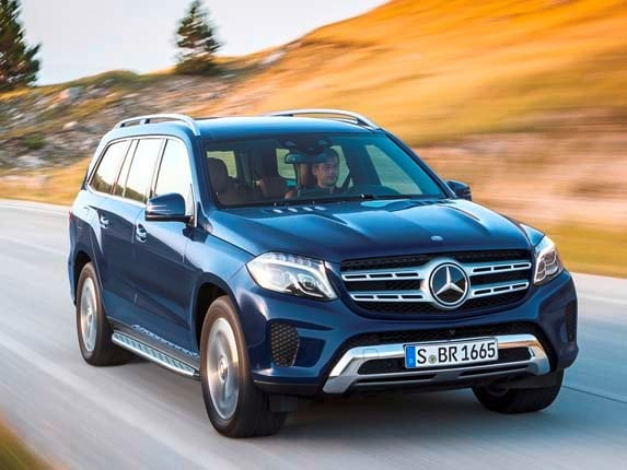 2017 mercedes benz gls class unveiled kelley blue book for Mercedes benz blue book