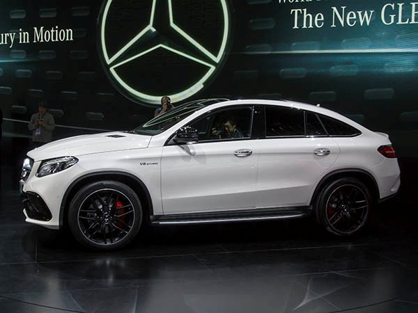 https://file.kbb.com/kbb/images/content/editorial/slideshow/2016-mercedes-benz-gle-unveiled-/2016-mercedes-benz-gle-class-03-600-001.jpg