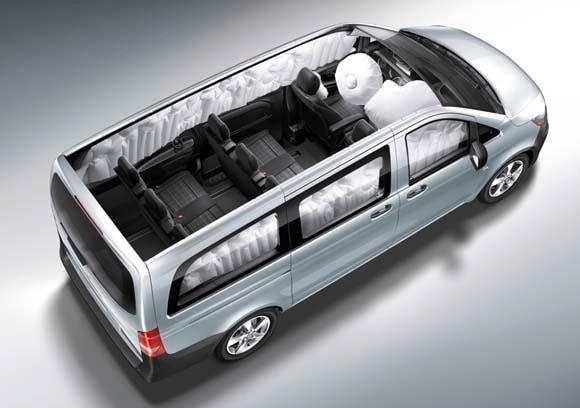 2016 mercedes benz metris vans revealed on sale in for 2016 mercedes benz metris passenger van