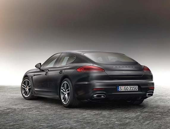 2016 porsche panamera edition elegant and exclusive   kelley blue book
