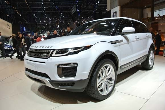 2016 range rover evoque refresh revealed kelley blue book. Black Bedroom Furniture Sets. Home Design Ideas