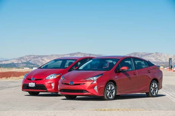 2016 toyota prius first review kelley blue book. Black Bedroom Furniture Sets. Home Design Ideas