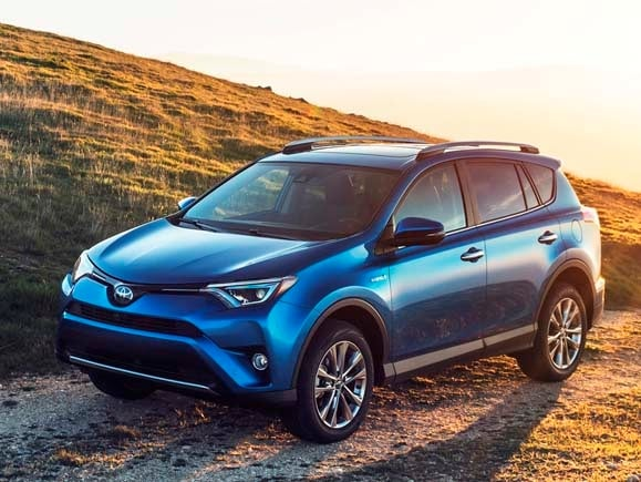 2016 toyota rav4 hybrid joins refreshed lineup kelley blue book. Black Bedroom Furniture Sets. Home Design Ideas