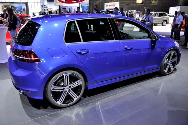 2016 volkswagen golf r variant bows kelley blue book. Black Bedroom Furniture Sets. Home Design Ideas