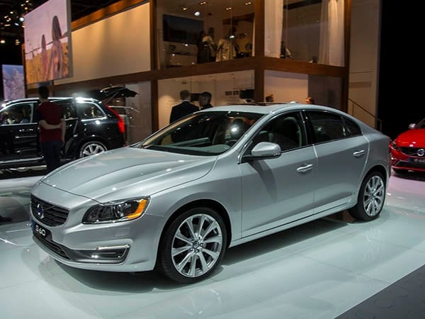 Original 2016 Volvo S60 Lineup Adds Cross Country And Inscription
