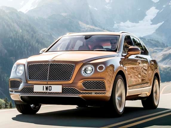 2017 Bentley Bentayga gets real in Frankfurt - Kelley Blue Book
