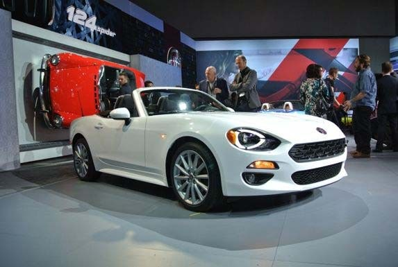 2017 Fiat 124 Spider Makes L A Debut Kelley Blue Book