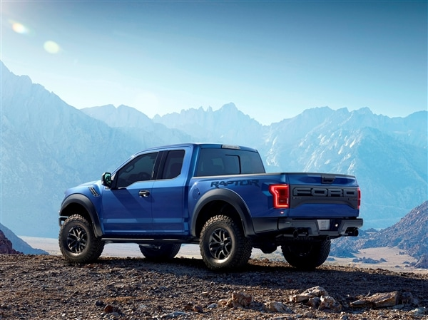 2017 ford raptor ready to roll video   kelley blue book