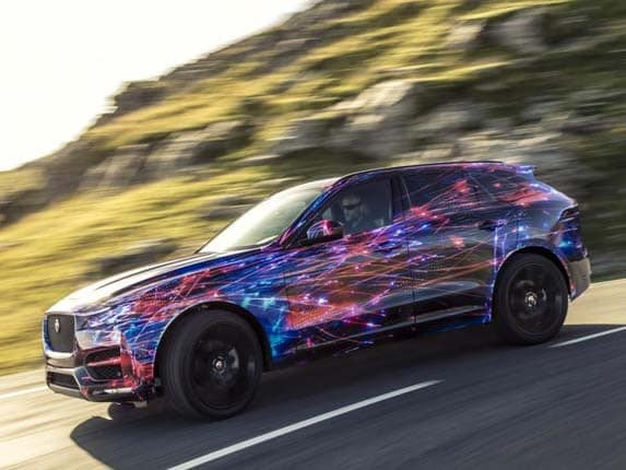 2017 jaguar f pace to introduce new tech touches   kelley blue book