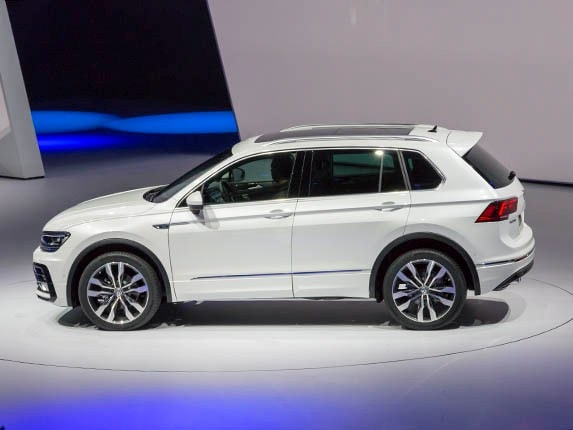 2017 Volkswagen Tiguan First Look S Compact Suv Has A Whole New Kelley Blue Book