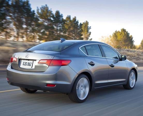 2015 Acura ILX pricing starts at $27,945, Hybrid variant dropped - Kelley Blue Book