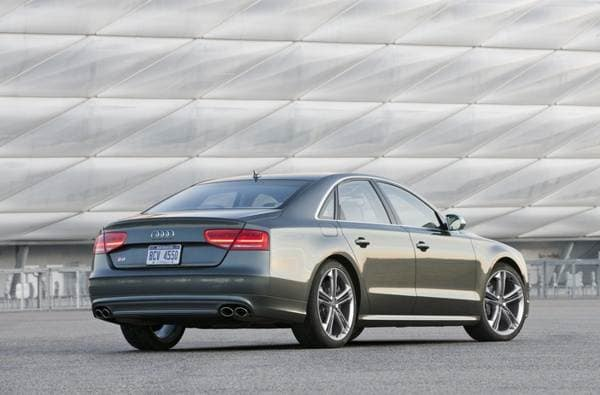 2013 Audi S6/Audi S7/Audi S8: Fast-lane free-for-all 17