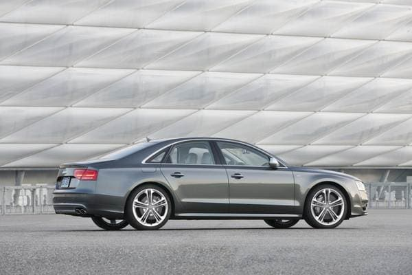 2013 Audi S6/Audi S7/Audi S8: Fast-lane free-for-all 18