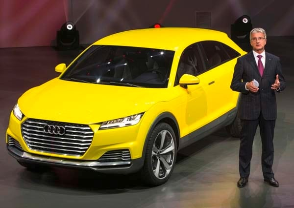 audi tt offroad concept foreshadows q4 crossover model kelley blue book. Black Bedroom Furniture Sets. Home Design Ideas