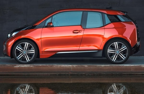 The 2014 BMW i3: BMW Reveals its Version of the Future 14