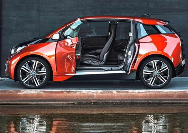 The 2014 BMW i3: BMW Reveals its Version of the Future 3