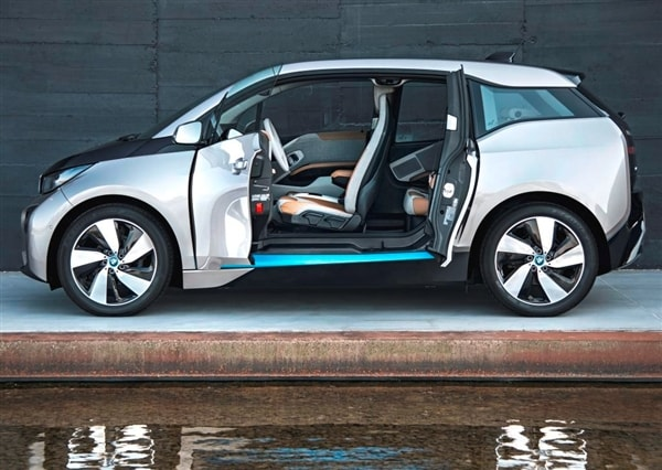 The 2014 BMW i3: BMW Reveals its Version of the Future 15