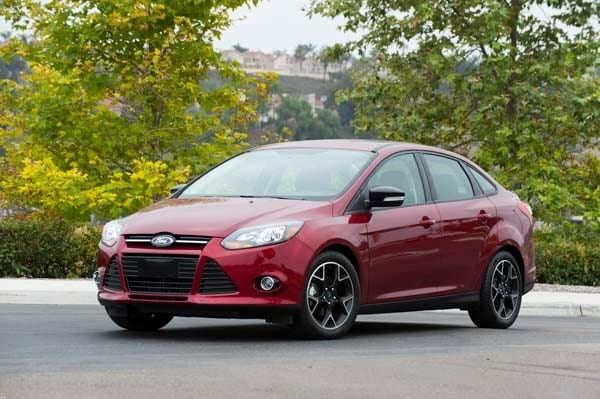 2014 Ford Focus Se Ready For Its Refresh Kelley Blue Book