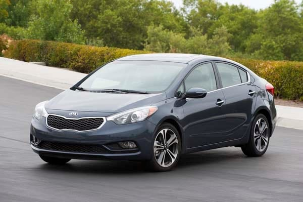 2015 kia forte ex features and technology for a price kelley blue book. Black Bedroom Furniture Sets. Home Design Ideas