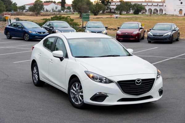 2014 Mazda Mazda3 i Touring: Attractive on Many Levels 11