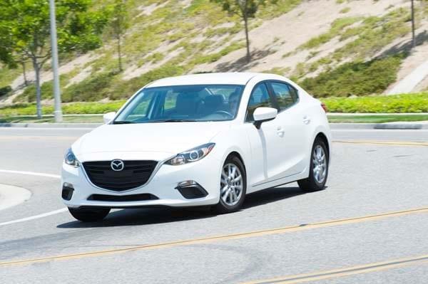 2014 Mazda Mazda3 i Touring: Attractive on Many Levels 4