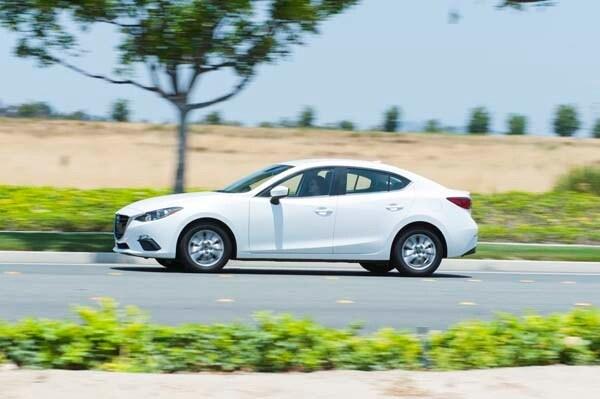 2014 Mazda Mazda3 i Touring: Attractive on Many Levels 9