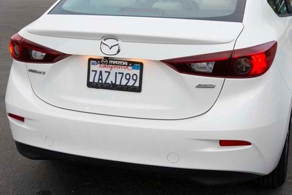 2014 Mazda Mazda3 i Touring: Attractive on Many Levels 21