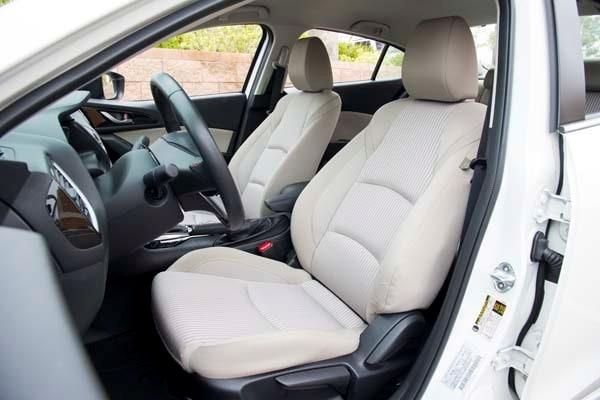 2014 Mazda Mazda3 i Touring: Attractive on Many Levels 31