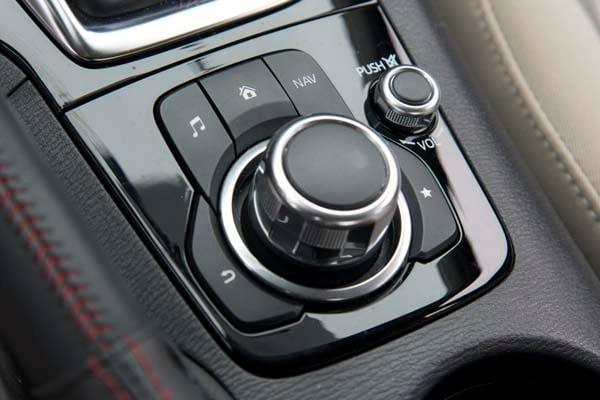2014 Mazda Mazda3 i Touring: Attractive on Many Levels 30