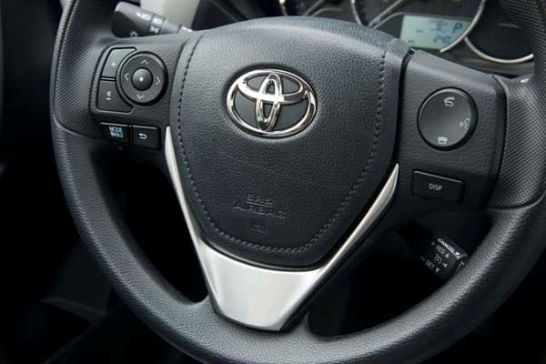 2014 Toyota Corolla LE Plus: Bestseller Tries On a Designer Suit 23