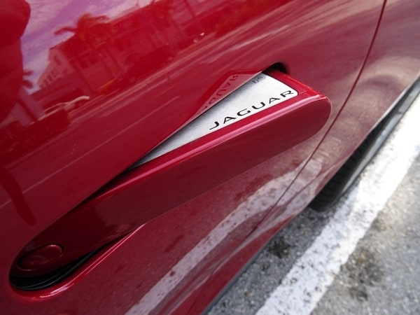 2014 Jaguar F-Type: Cruising Miami Beach in Style 22