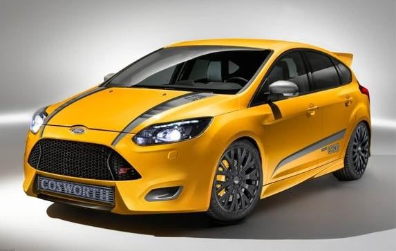 2013-ford-focus-st-cosworth-cs-330-by-m&j-enterprises-sema-front-static-600-001