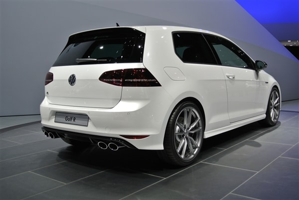 New Volkswagen Golf R Debuts In Frankfurt Kelley Blue Book