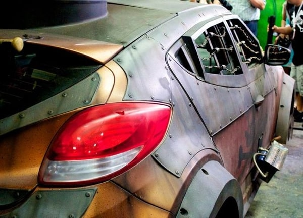 Hyundai Veloster Zombie Survival Machine Makes Comic Con Debut